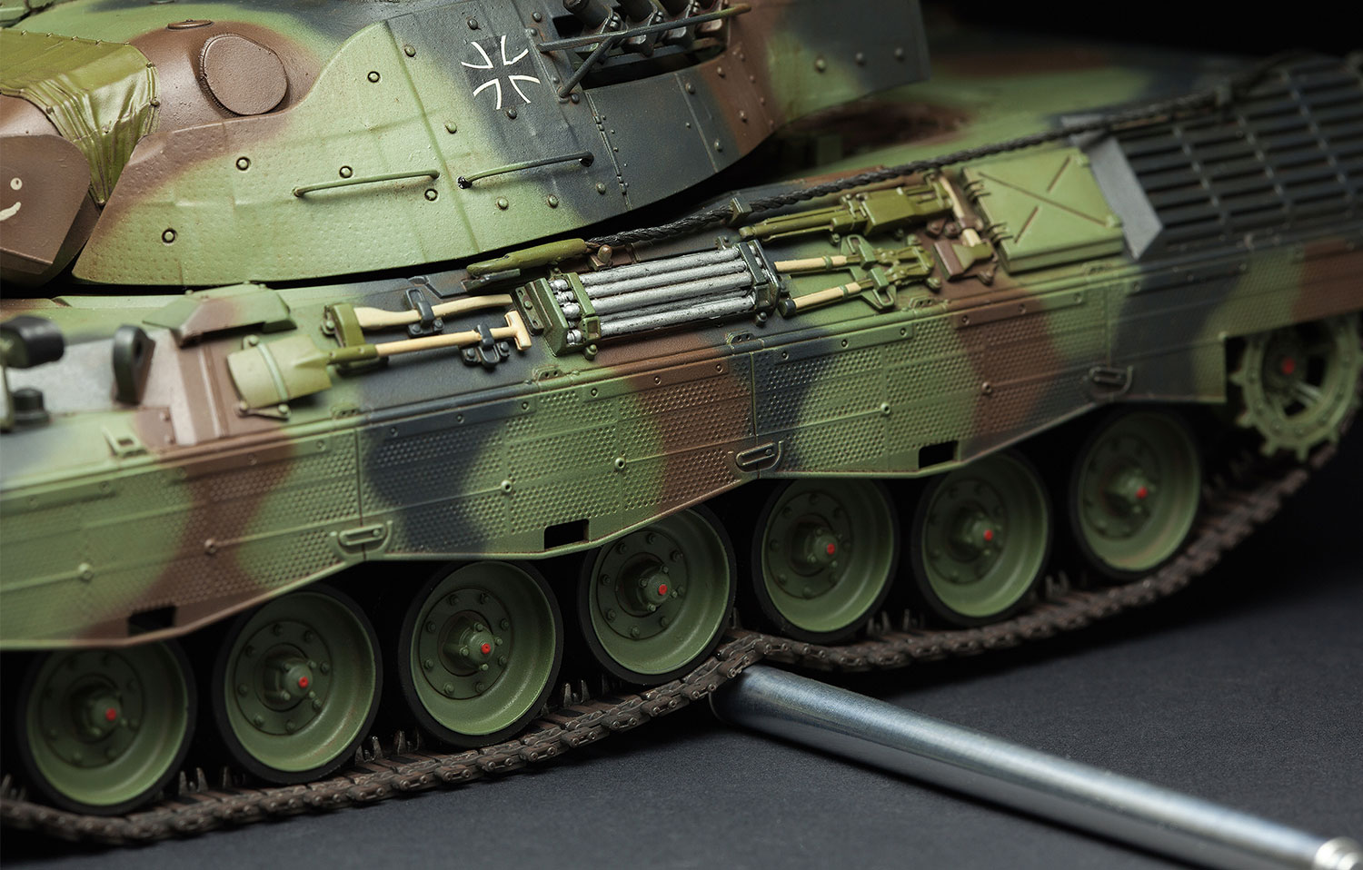 Meng-TS-015-Model-1-35-German-MBT-Leopard-1A5-NEW-Models-Armour-Hot thumbnail 5