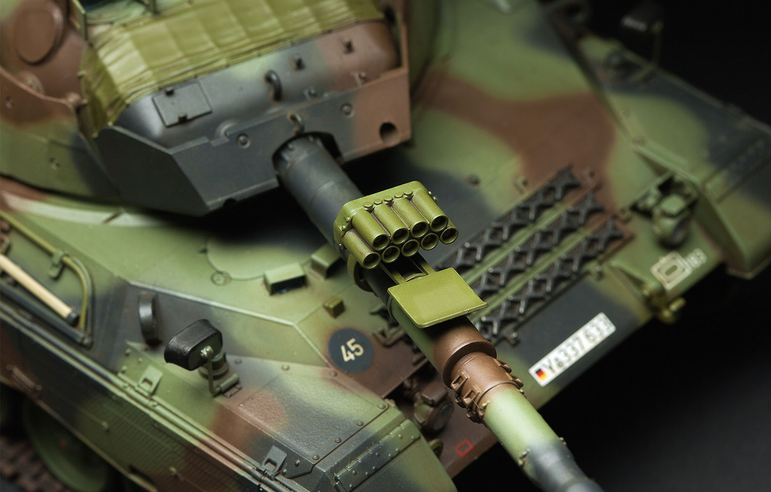 Meng-TS-015-Model-1-35-German-MBT-Leopard-1A5-NEW-Models-Armour-Hot thumbnail 3