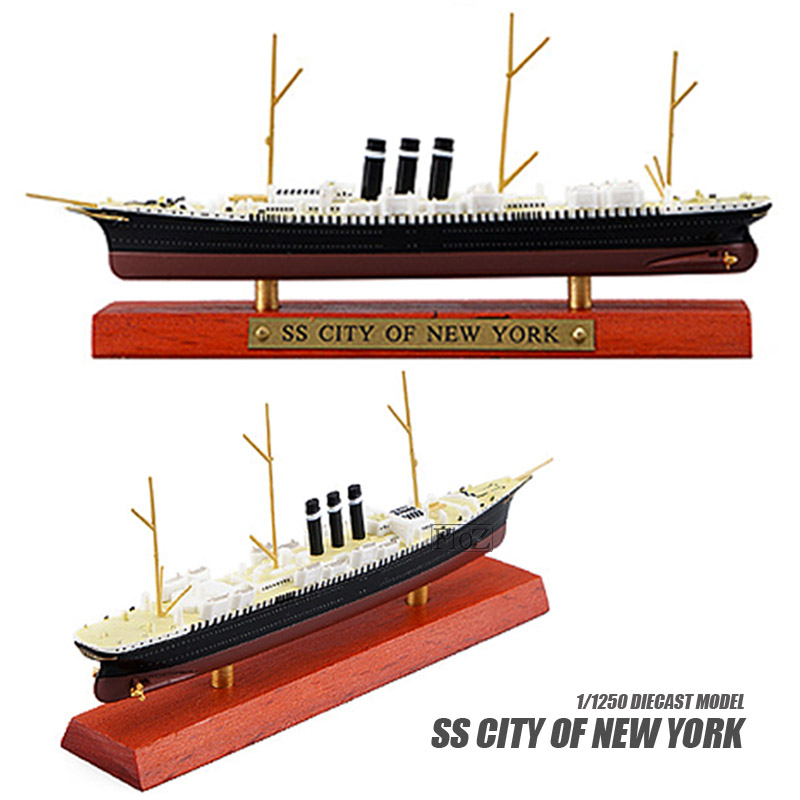 HMS Prince of Wales Scale Model Ship Atlas Editions 7134103 1:1250 New in a box!
