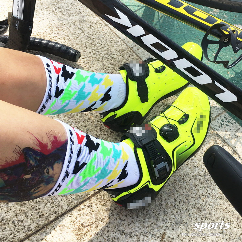Mens Womens XC Cycling Ankle Socks Riding Bicycle Breathable Sports Socks Orange