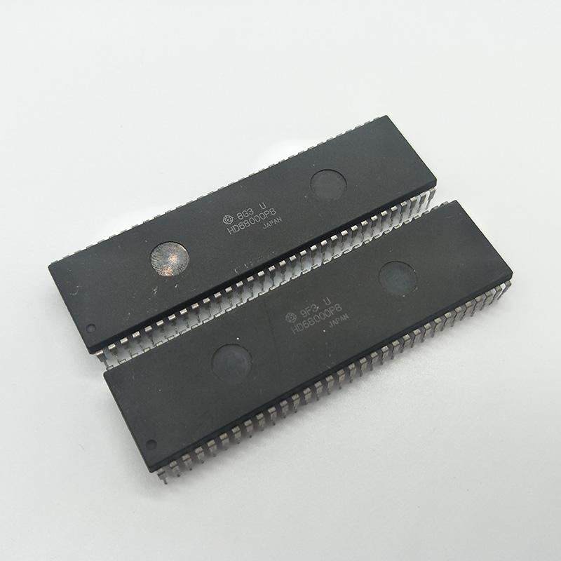 HITACHI HD68000P 68000 VINTAGE CPU DIP64 x 1pc