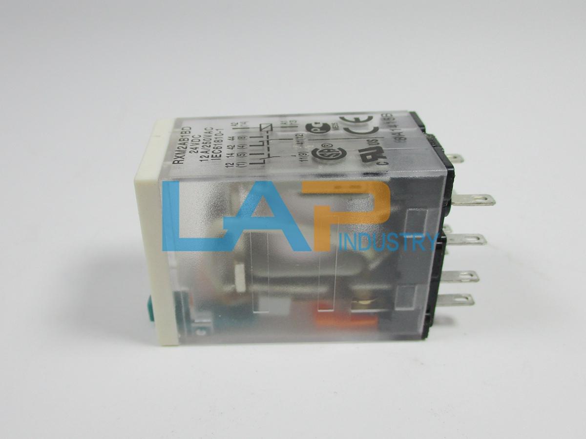 RXM2AB2BD 10PCS NEW Schneider Relay 24VDC free shipping