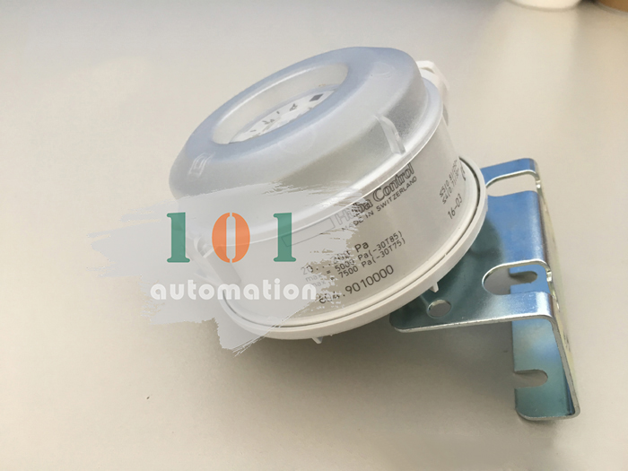 1Pcs New For Huba control micro differential pressure switch 604.9010000