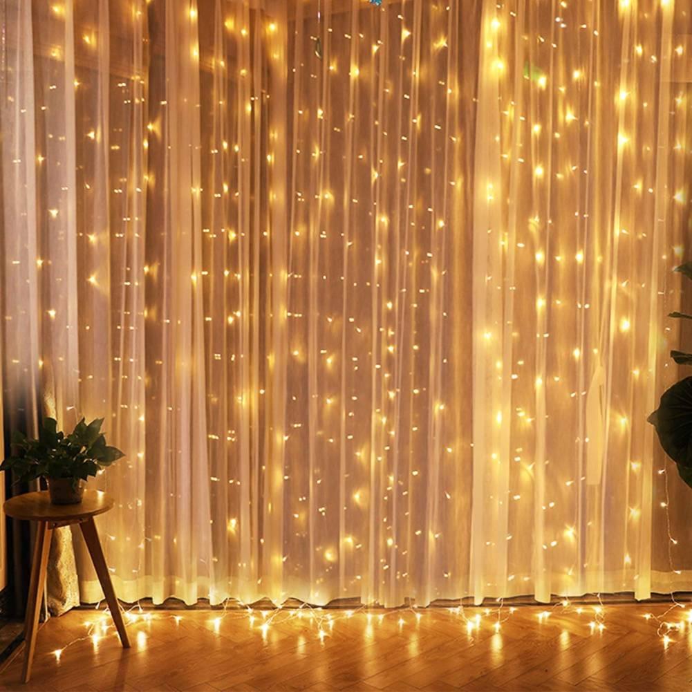 String Lights On A Wall Kusmun