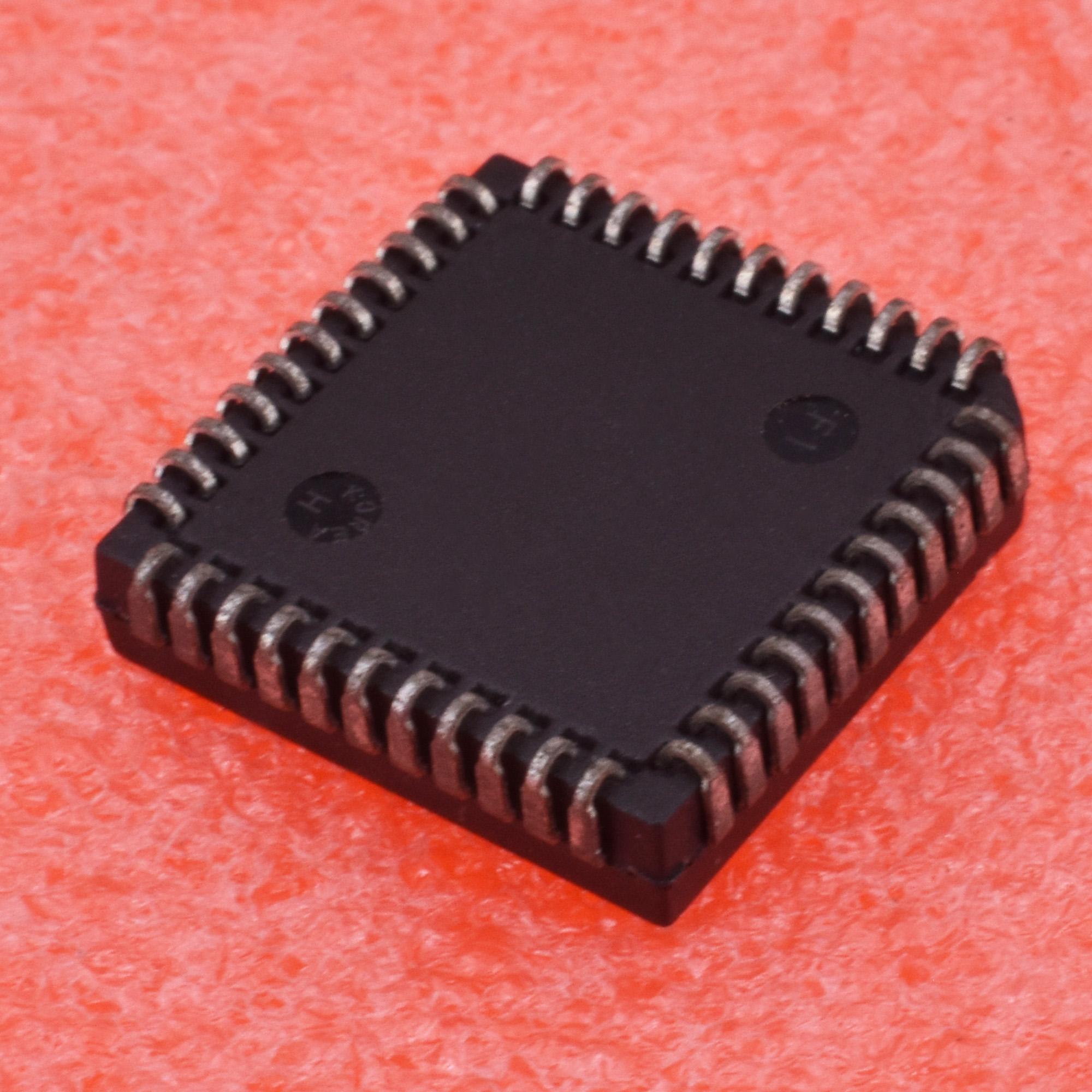 1PCS//5PCS PCB80C31-12WP PCB80C31 PLCC 44PIN PCB80C31-12W PHILIPS NEW IC