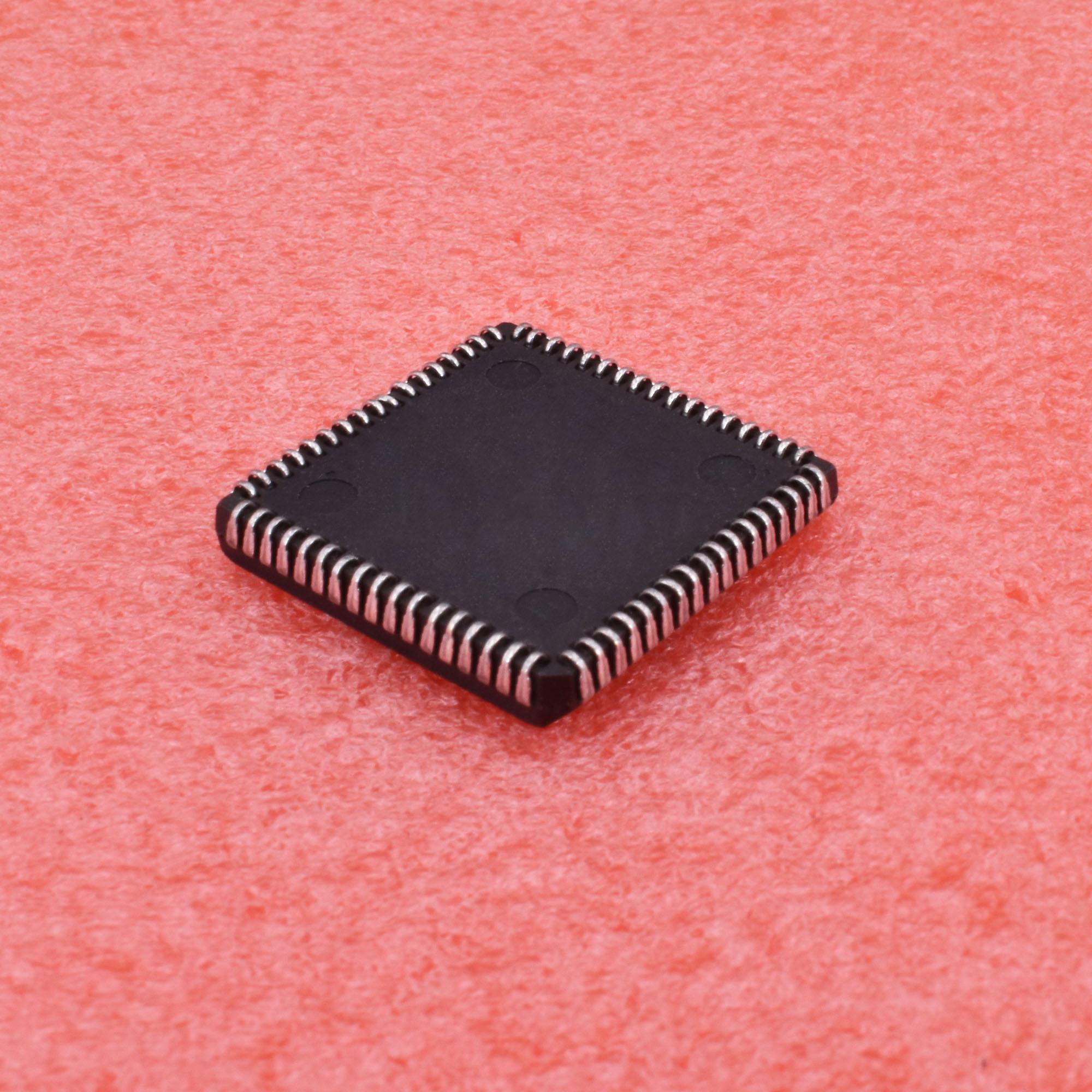 1PCS//5PCS MC68HC000FN16 PLCC 68PIN MC68HC000F MC68HC000FN Microcontroller