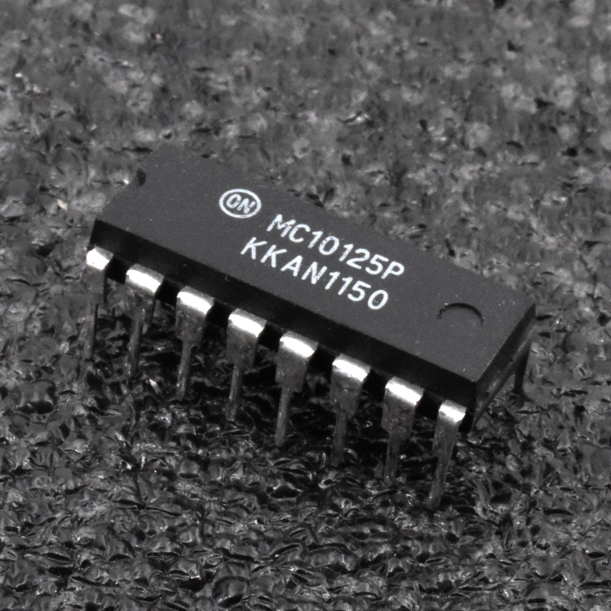 MC10125P Translator MECL to TTL DIP-16 x 10pcs