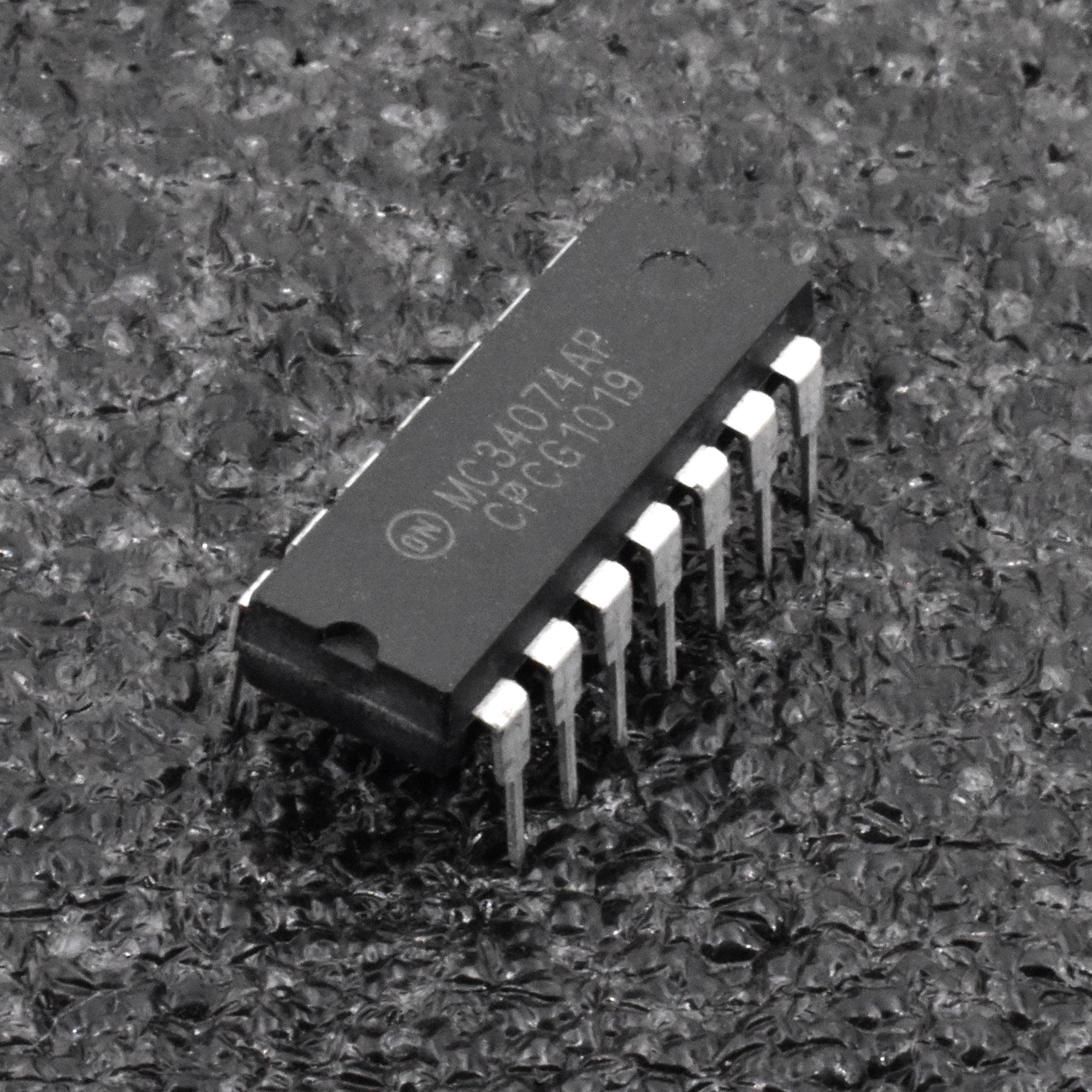 5PCS MC34074AP DIP MC34074 MC34074A Encapsulation 14PIN IC NEW US