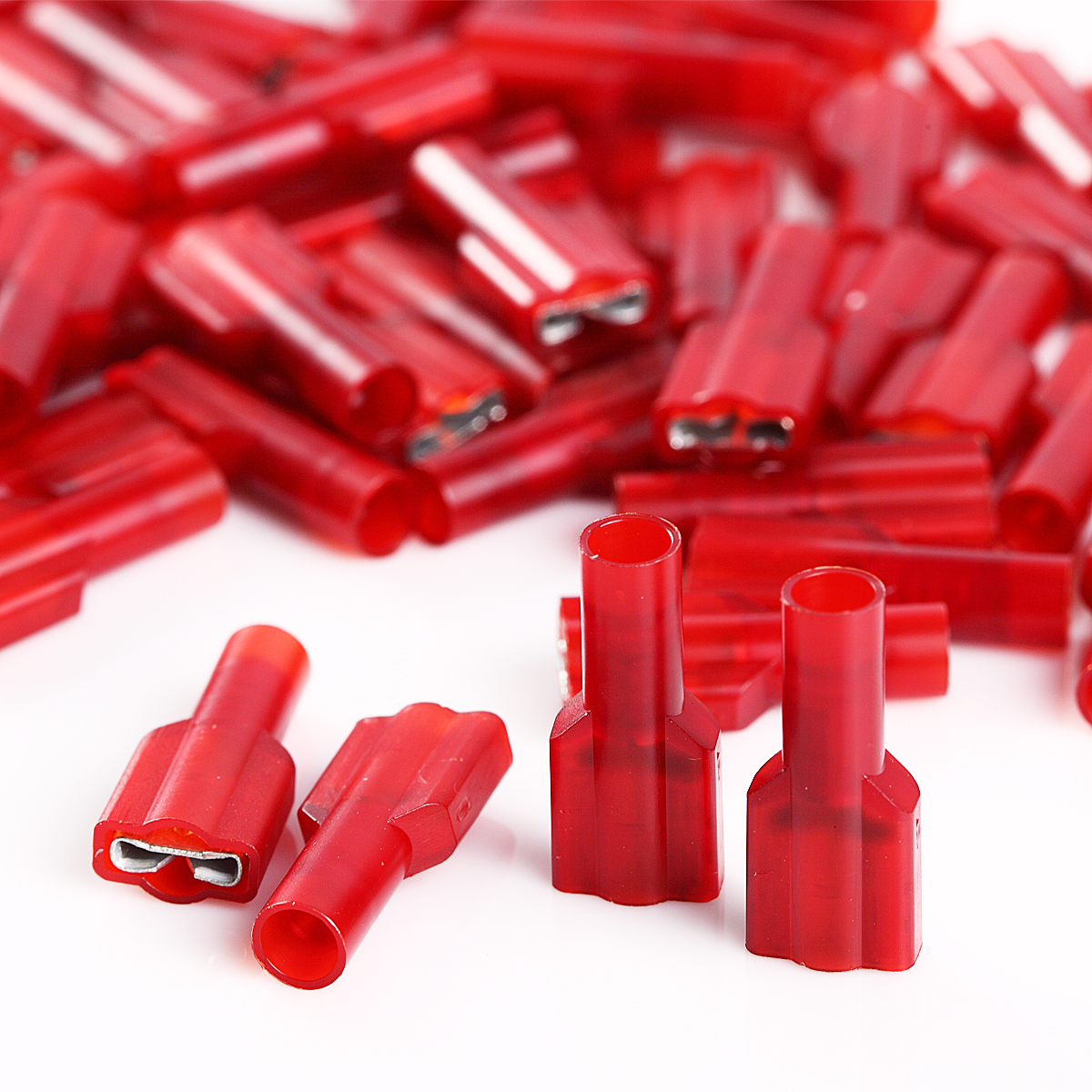 MALE AND FEMALE FULLY INSULATED TERMINAL 22-18 GAUGE 100 PCS RED