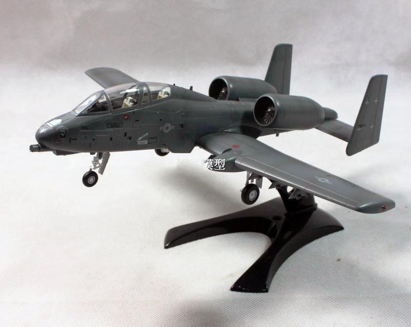 Easy Model 1:72 Scale N//AW A-10 Thunerbolt Warthog YA-10B Model Kit